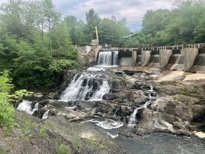 Diondondahowa Falls